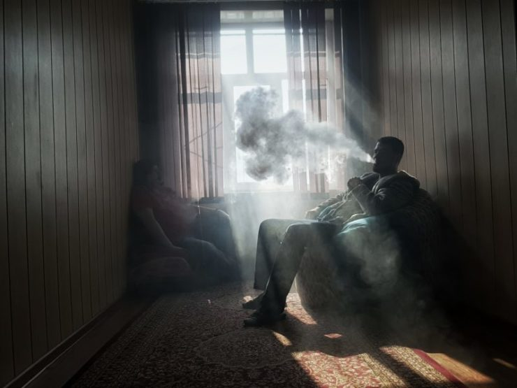 Vaping Inside the House - What Landlords Need to Know!